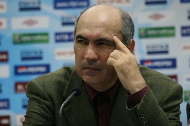 Кто-нибудь может объяснить мне, чем Бердыев и Семин лучше Виктора Тихонова?