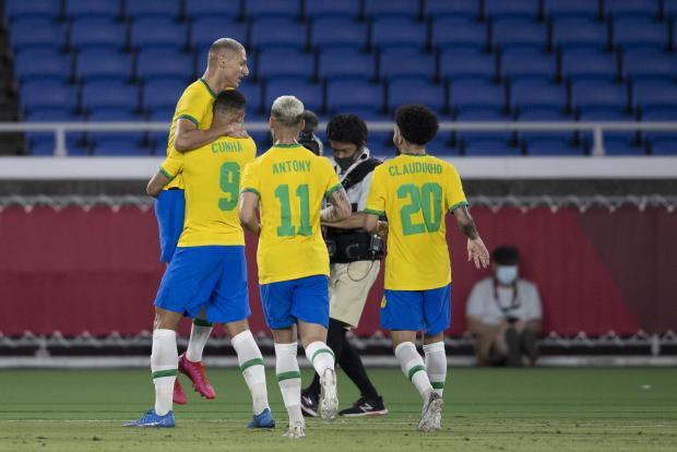 Бразилия обыграла на Олимпиаде будущего тренера сборной России