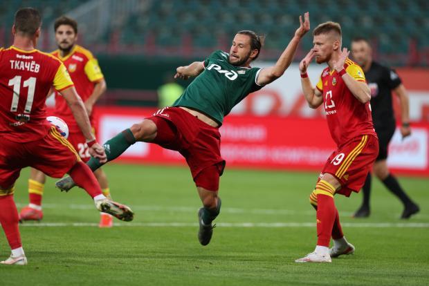 «Арсенал» выигрывает у «Локомотива» после первого тайма, «Спартак» и «Рубин» голов не забили