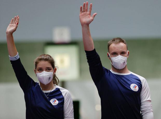 Серебряные пули. Бацарашкина и Черноусов заняли второе место в смешанном турнире