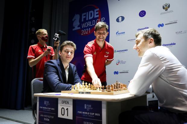 Толчинский сделал символический ход в финале Кубка мира ФИДЕ