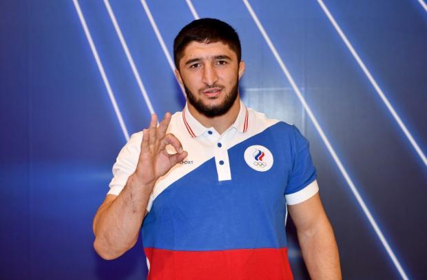Борец Садулаев завоевал золотую медаль Олимпийских игр