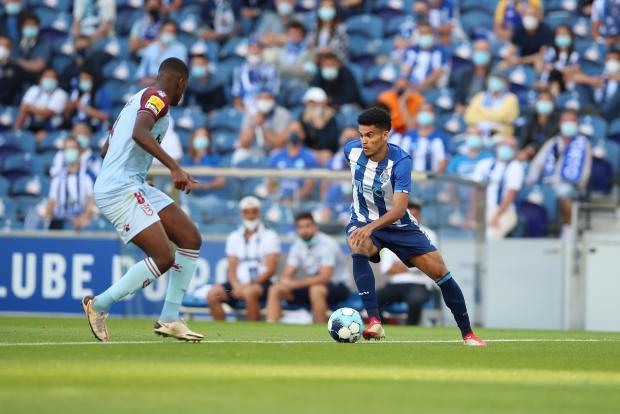 «Порту» на старте чемпионата Португалии обыграл «Белененсеш»