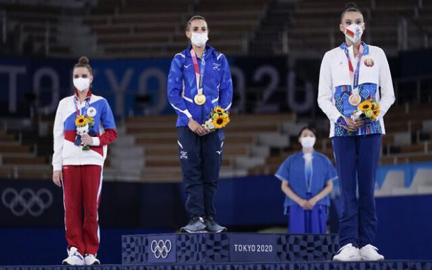 Судья из Украины объяснила, почему Аверина получила на Олимпиаде-2020 ниже оценку, чем израильтянка