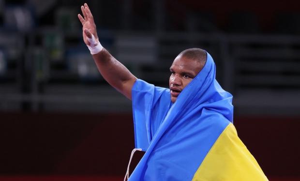 Беленюка назвали черной обезьяной. На Украине хейтят олимпийского чемпиона