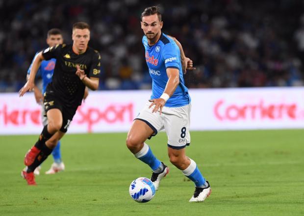 «Наполи» начал сезон в серии А с победы над «Венецией»