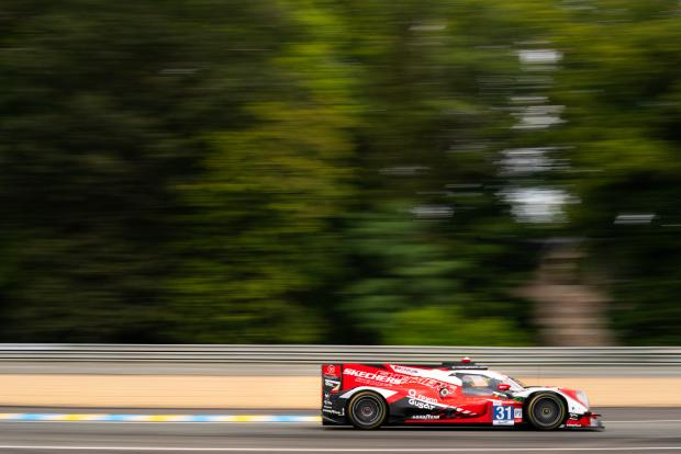 «24 часа Ле-Мана»: у Toyota дубль в «абсолюте», у Team WRT – и триумф, и поражение