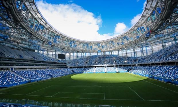Загадка века: почему в одной стране российский хоккей и футбол живут по разным законам?