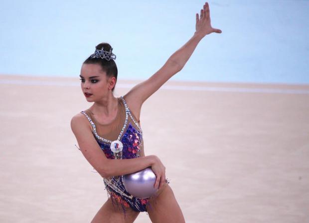 Винер-Усманова сообщила, что Дина Аверина собирается выступать на чемпионате мира