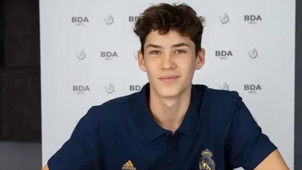 «Реал» подписал многолетний контракт с 15-летним россиянином