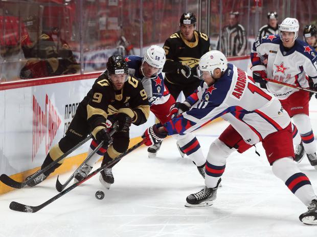Чемпион России и КХЛ омский «Авангард» легко переплюнул РПЛ с ее смешным лимитом в восемь легионеров