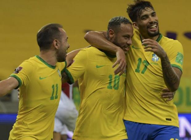 Бразилия обыграла Перу, Неймар забил гол и отдал голевую передачу