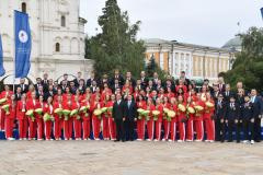 Дмитрий Медведев вручил ключи от автомобилей победителям и призерам Олимпийских игр в Токио
