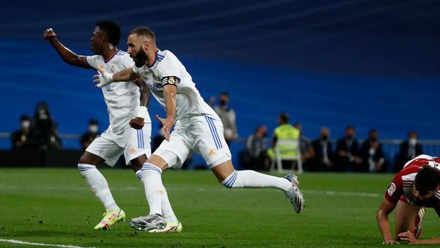 Хет-трик Бензема помог «Реалу» разгромить «Сельту» в чемпионате Испании