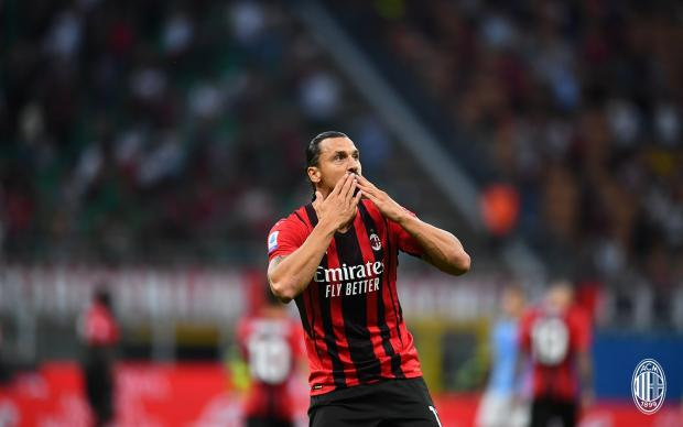 «Милан» одержал третью победу подряд, обыграв дома «Лацио»