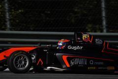Россияне под ливнем в Формуле-4: Смаль на подиуме