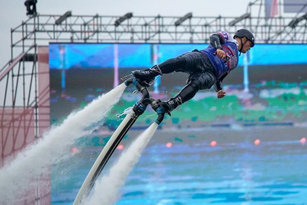В Крылатском прошел Чемпионат России по аквабайку, гидрофлайту и мотосерфу