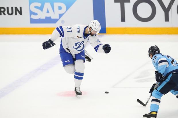 «Динамо» едва не упустило победу над «Сибирью» в гостях