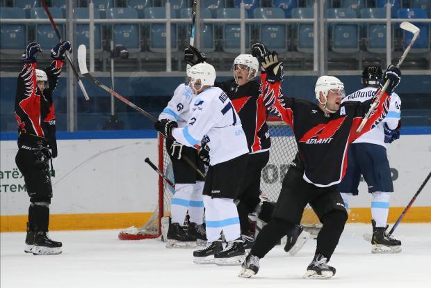Хоккеисты-любители из Москвы и Тюмени  открывают 11-й сезон Ночной хоккейной лиги