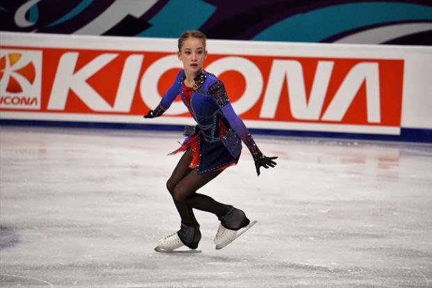 Российская фигуристка Акатьева стала первой на юниорском Гран-при