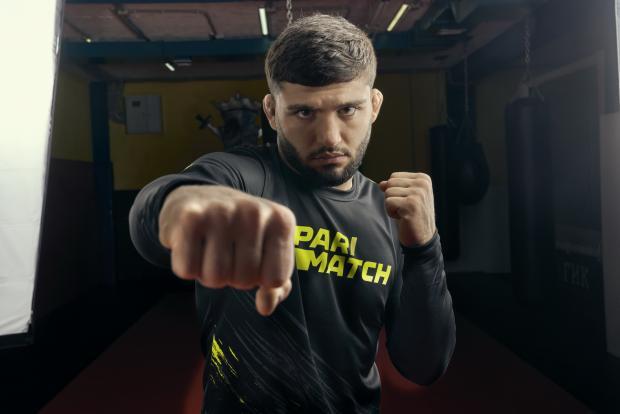 Арман Царукян: Мне нужен пояс UFC!
