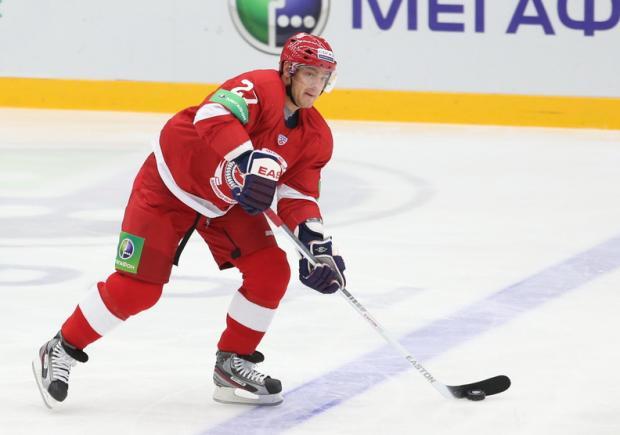 РУСАДА дисквалифицировало бывшего хоккеиста Маркова на 18 месяцев