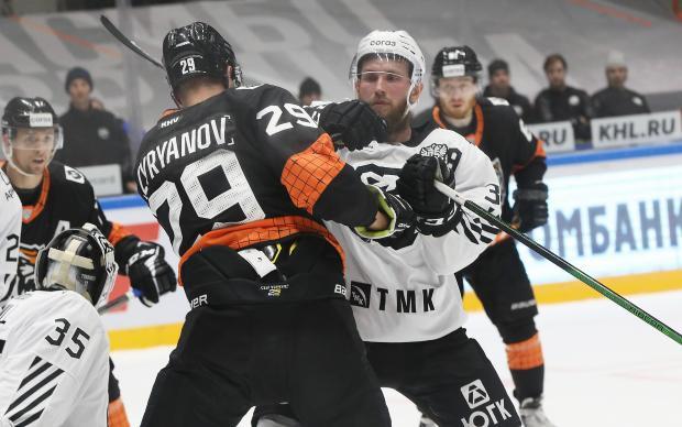 «Амур» дома уступил «Трактору» – хабаровский клуб нанес 83 броска по воротам соперников (видео)