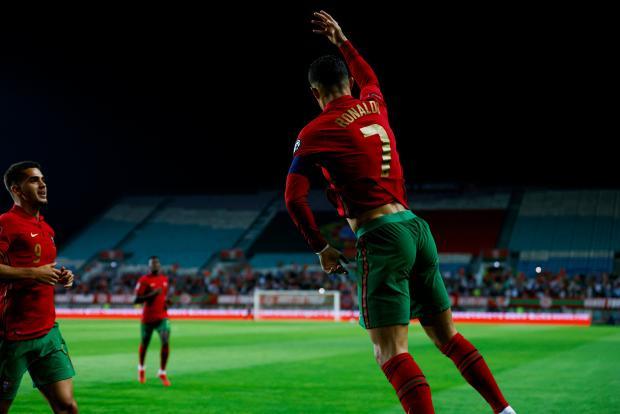 Хет-трик Роналду принес Португалии победу над Люксембургом в матче квалификации ЧМ-2022