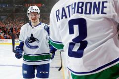 Подколзин забросил первую шайбу в Национальной хоккейной лиге (видео)