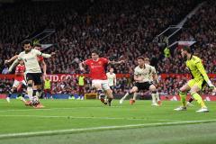 «Ливерпуль» забил 5 голов «МЮ» за 50 минут. Как Салах с Клоппом уничтожили Роналду и Сульшера