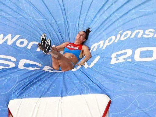 foto-rossiyskih-sportsmenok-skritoy-kameroy