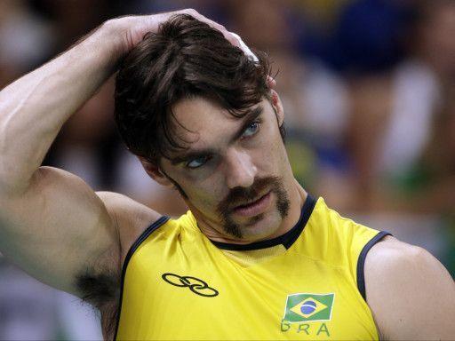 Жиба: Прошу прощения у волейболистов, в российских новостях ни слова правды