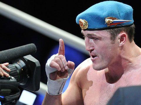 Денис Лебедев опроверг информацию о том, что он попал в аварию