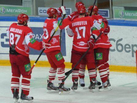 «Спартак» победил «Слован» и прервал серию из 19 поражений