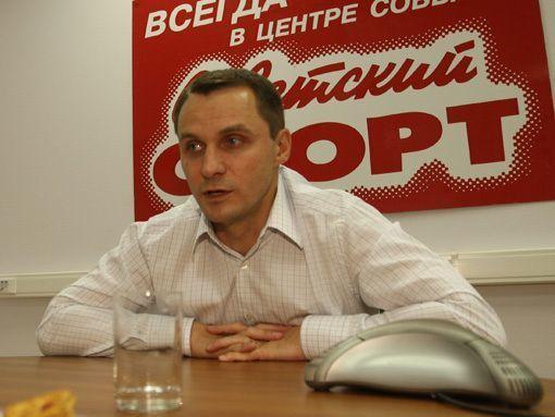 Читатели «Советского спорта» верят, что Кобелев сможет спасти «Крылья» от вылета из премьер-лиги