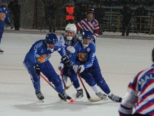 Обухов– перешибет! Легенда кировского хоккея пообещал порадовать земляков 850‑м забитым голом