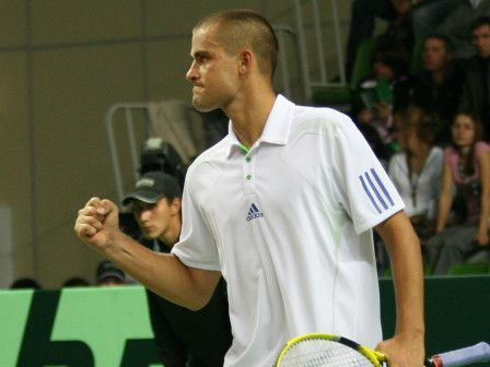 Южный вышел в четвертьфинал турнира в Дубае