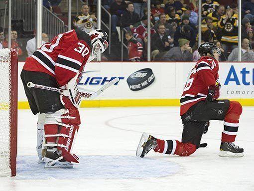 НХЛ. Ковальчук и Волченков помогли «Нью-Джерси» обыграть «Питтсбург», Анисимов набрал три очка в матче с «Филадельфией»