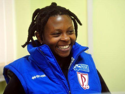 Номпумелело-краса,  африканская коса! «ССФ» выяснил, как живется в России лучшей футболистке ЮАР