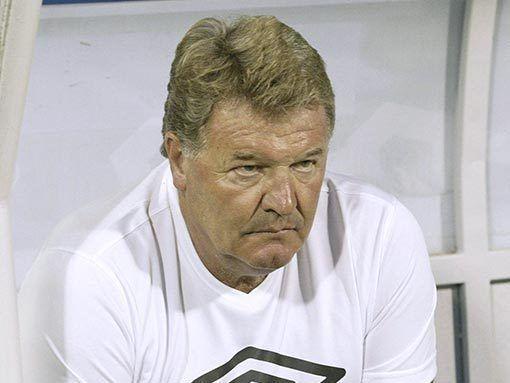 Джон Тошак будет руководить сборной Уэльса еще как минимум две игры