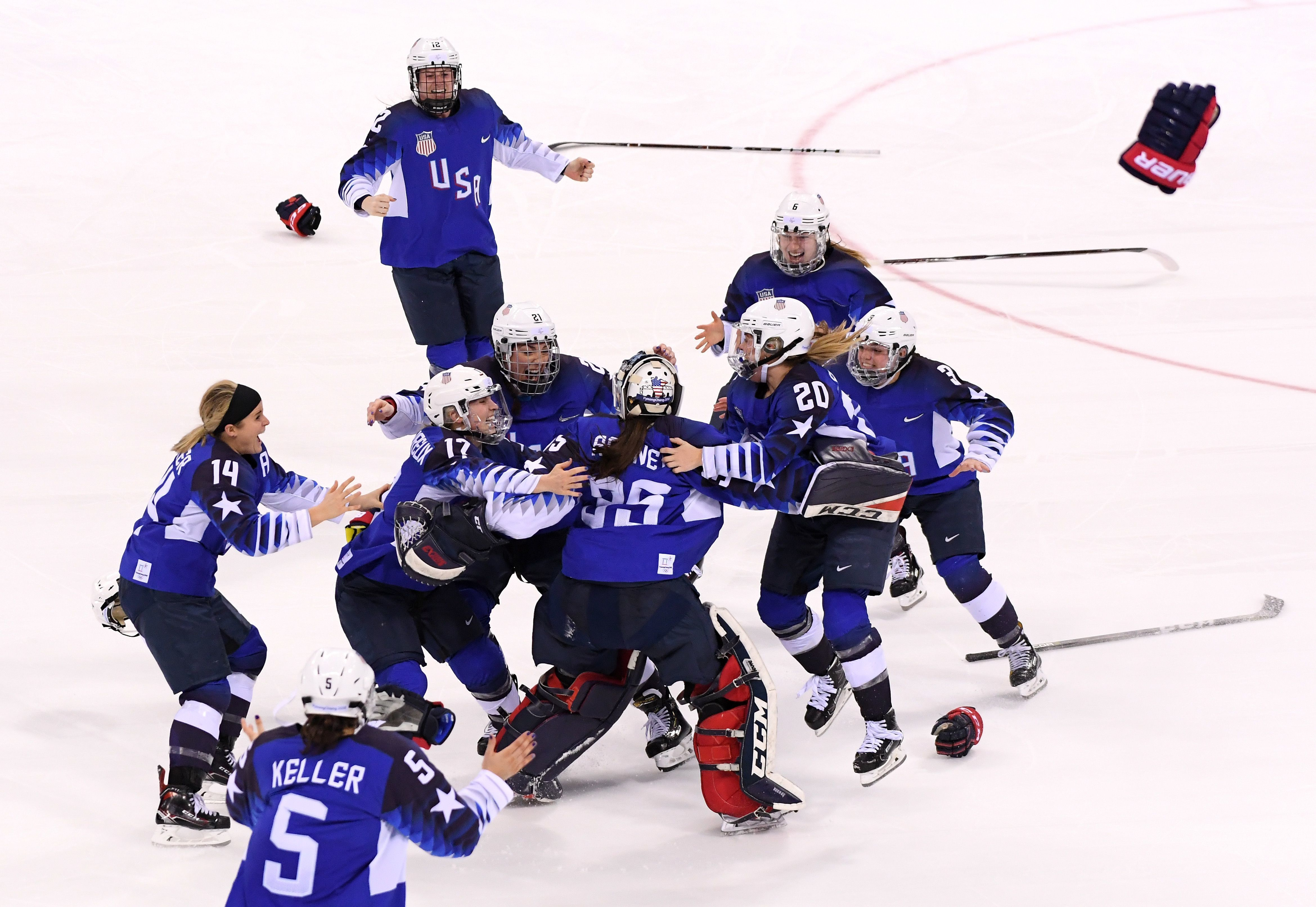 изображения мгновенно фотосессия женской сборной сша по хоккею андрееску серпні