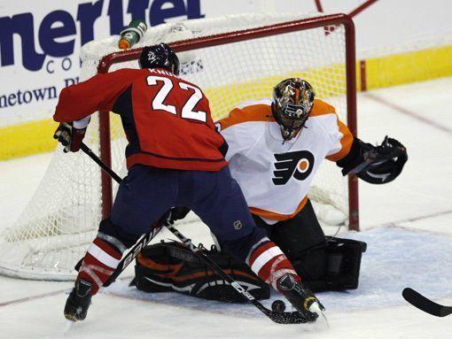 Брызгалов – первая звезда дня в НХЛ