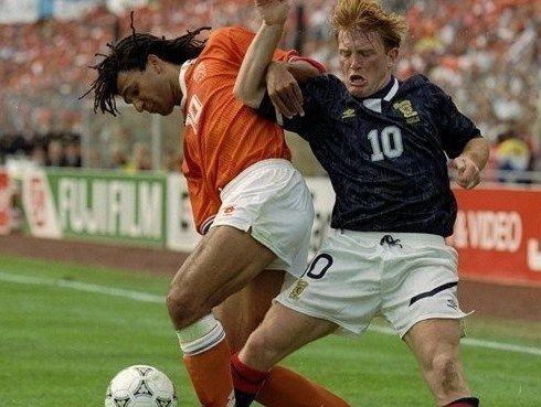 Время назад. Первый и единственный турнир сборной СНГ. Все о Евро-1992
