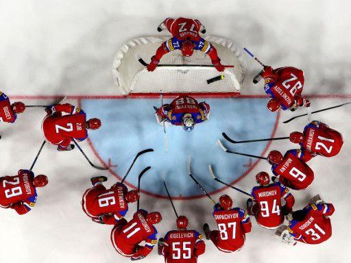«Есть ли системные проблемы в нашем хоккее?». Итоги ЧМ с Вайсфельдом