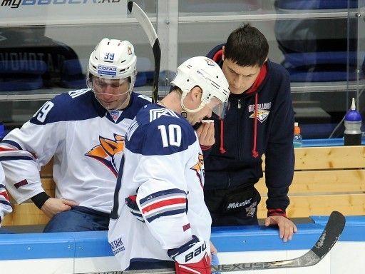 Мозякин обходит Радулова и... проигрывает. Все о матче «Динамо» - «Магнитка»