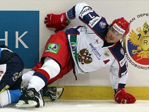 Дмитрий Калинин: Шведы здорово играют в пас