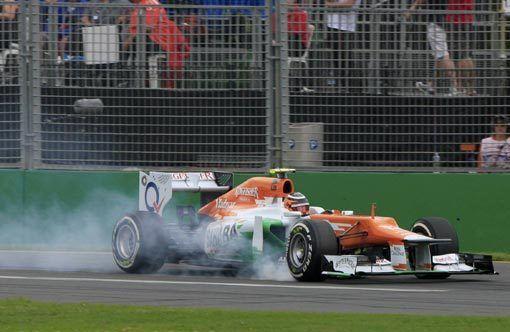 Гран-при Австралии. Баттон выиграл первую практику, Петров - 20-й