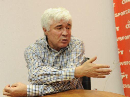 Евгений Ловчев: Шунину – здоровья. Брось кто петарду в моего сына – пошел бы, да удавил