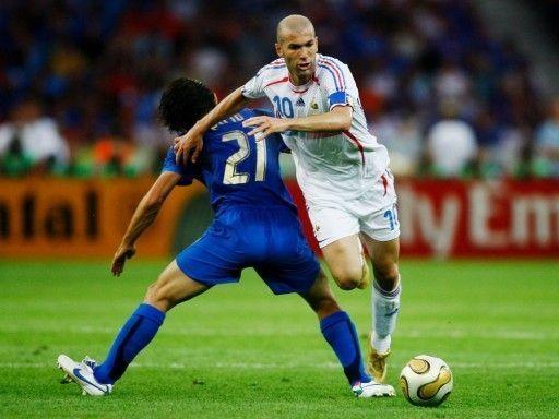 Азмун и Муса попали в команду недели FIFA 17