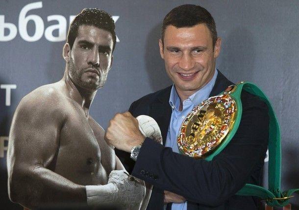 Андрей Сычев: Чарра будет сопровождать на ринг танк, а как выйдет Кличко – пусть пока будет тайной!